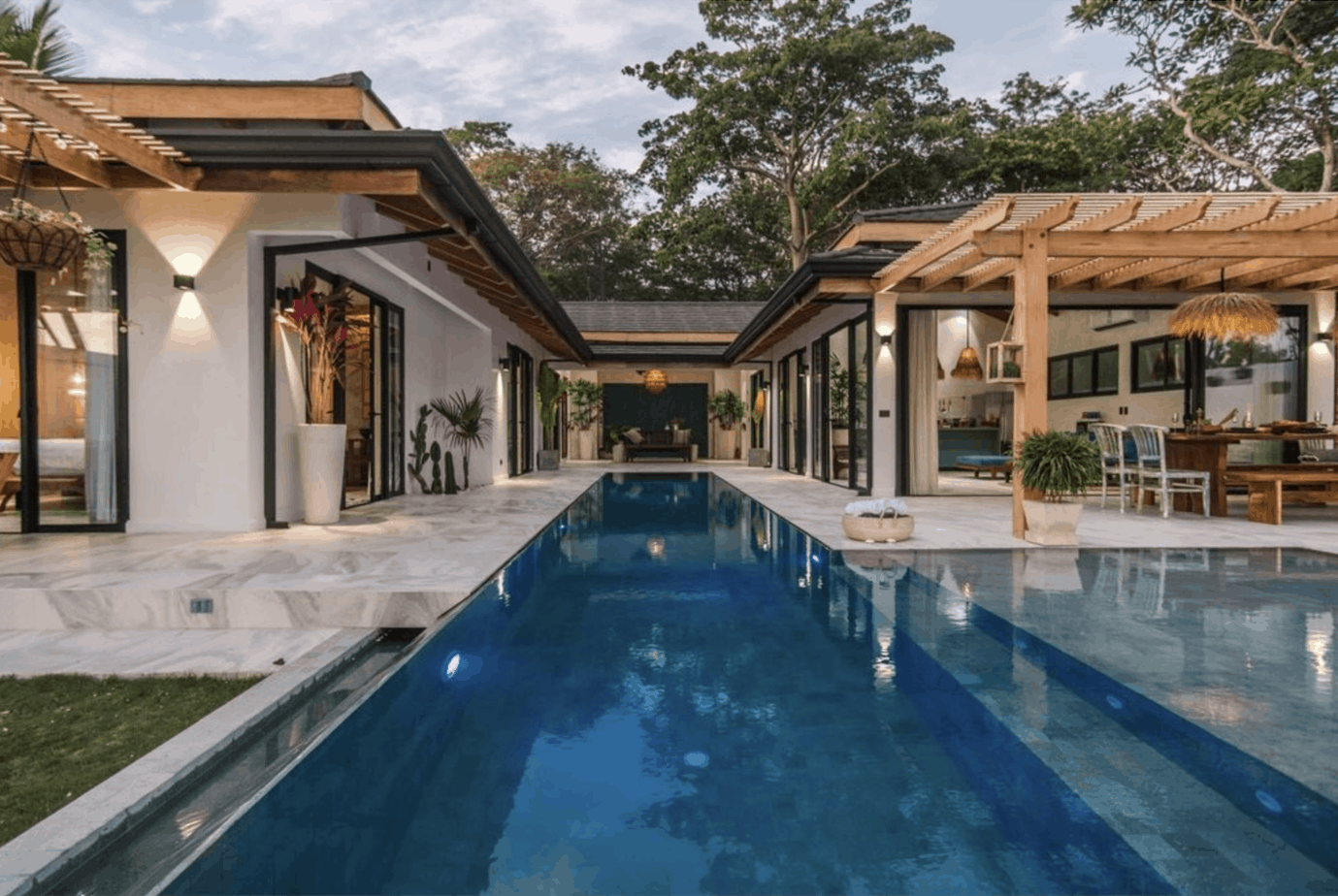 Gorgeous Beach House in Santa Teresa