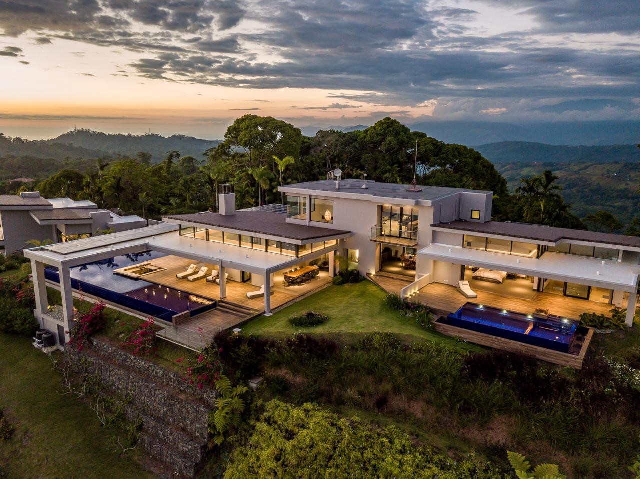 Luxurious Estate in the Hills of Uvita